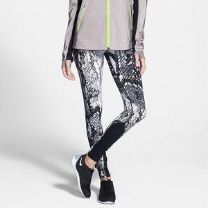 Nike Dri-FIT Epic Lux Snakeskin Print Tights